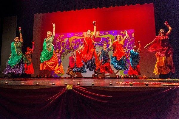 Non Stop Bhangra Diwali Celebration La