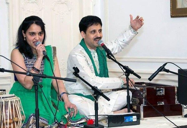 Swaraanjali Group - Krushanu & Deeti - Live Navarati Garba Raas
