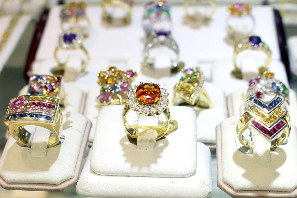 International Gem & Jewelry Show - Houston