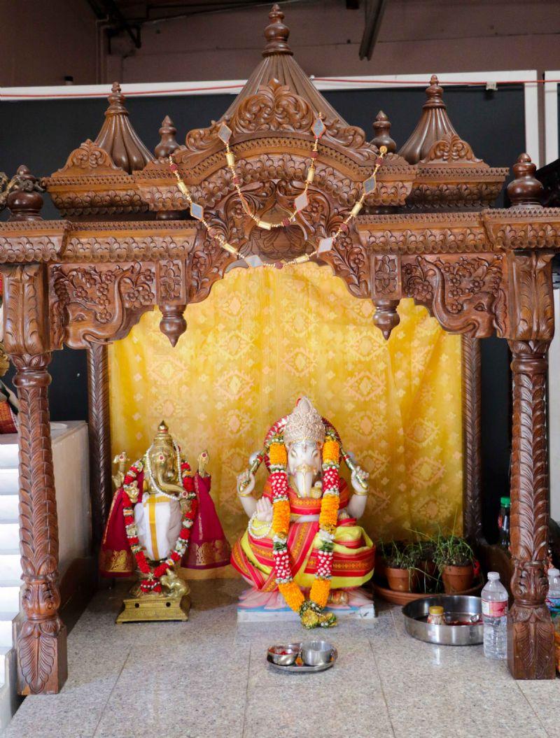 Ganesha Bhajan & Aarti